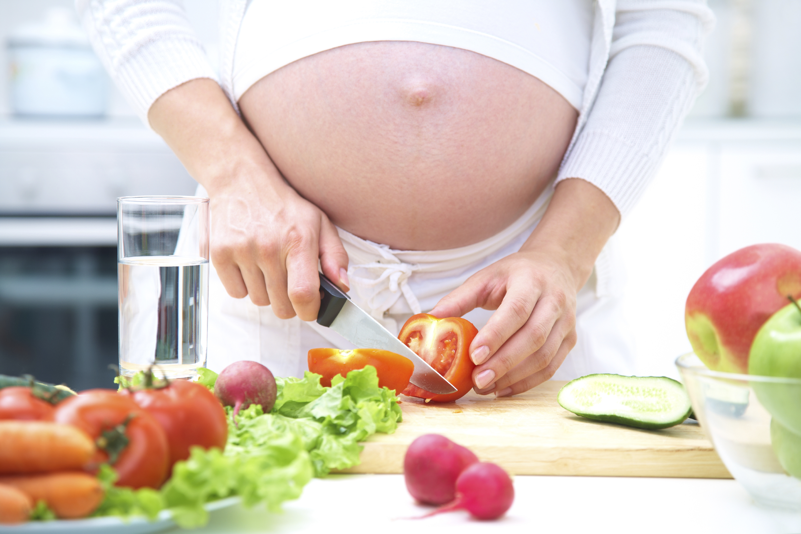 pregnant women should you be eating more seafood
