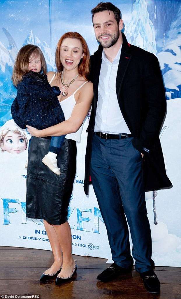 254726E600000578-2936678-Second_time_parents_Una_and_Ben_have_a_daughter_Aoife_Bella_who_-m-14_1422897816302