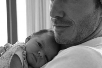2A6693DC00000578-3155928-Tribute_David_Beckham_wished_his_daughter_Harper_Beckham_a_happy-a-80_1436519251218