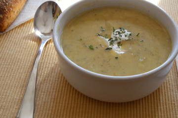 creamy_leek_potato_soup_hero