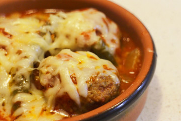 sticky_garlic_meatballs